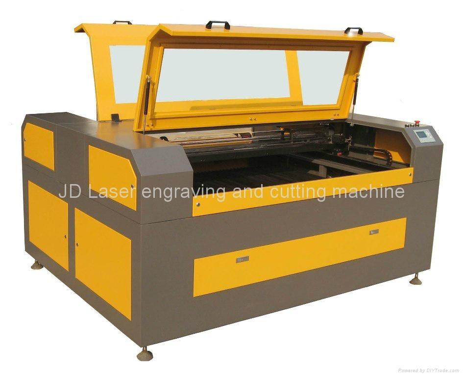 激光雕刻切割機JD1325 1