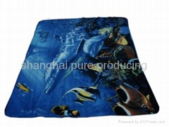 Printed fleece blanket
