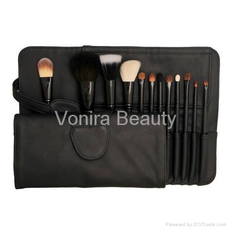 12pcs makeup brush set 1