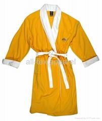 Robe/sleep wear