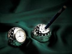 鍍銀高爾夫球型筆座及檯鐘