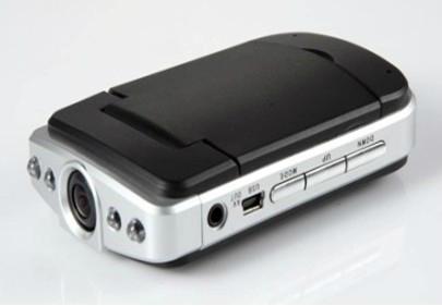 H.264压缩格式 可支持1080P行车记录仪 1