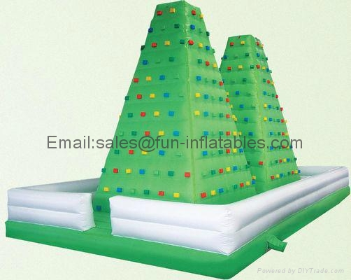 Inflatable climbing wall in various designs 3