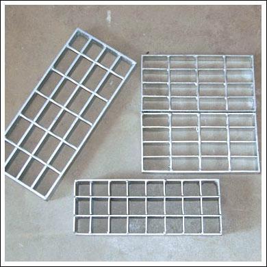 各种不锈钢钢格板 4