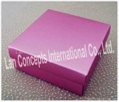 Paper Folding Favors Box