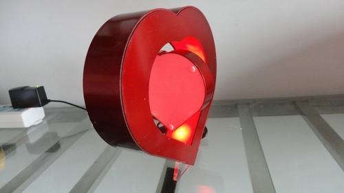 磁懸浮心形相框 5