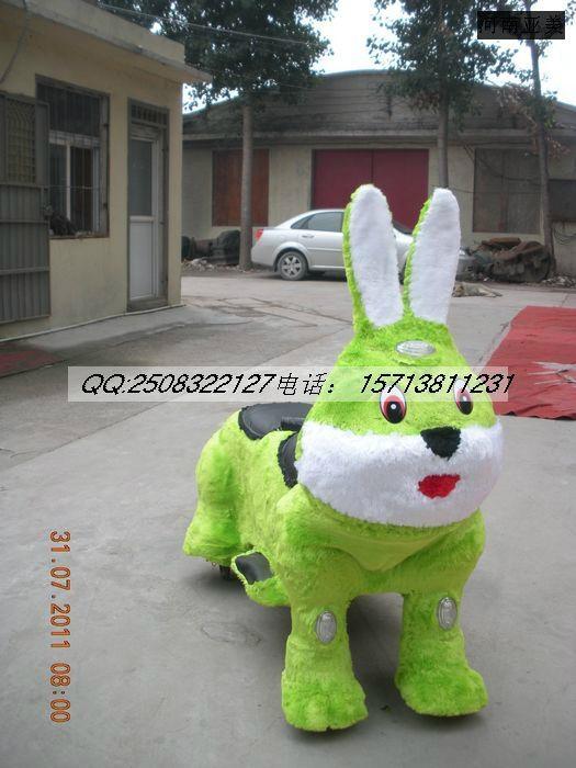 毛绒玩具车 3