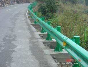 公路波形防撞护栏 1