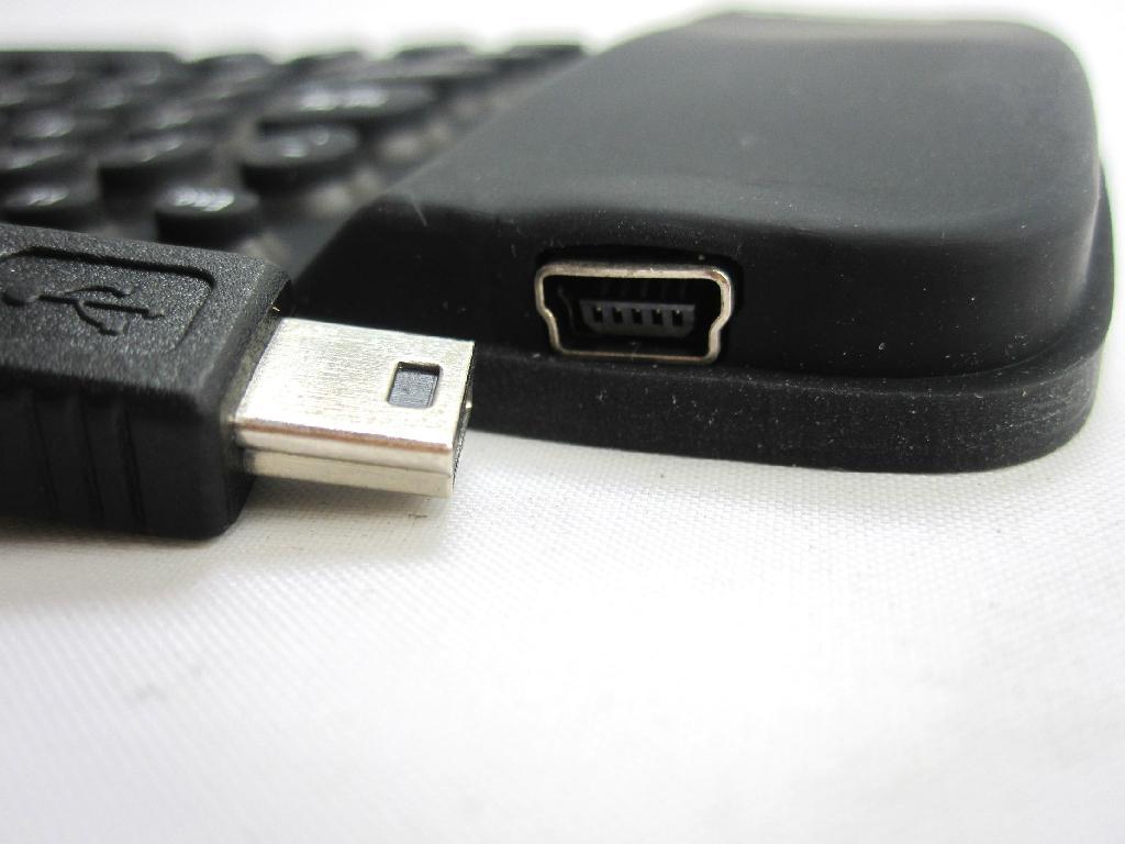 80键IPAD蓝牙键盘-BRK3000BT 3