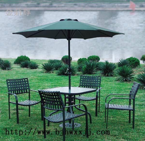 鑄鐵庭院桌椅 4