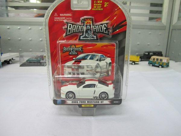 Free wheel die-cast car ford mustang models 1/43 1
