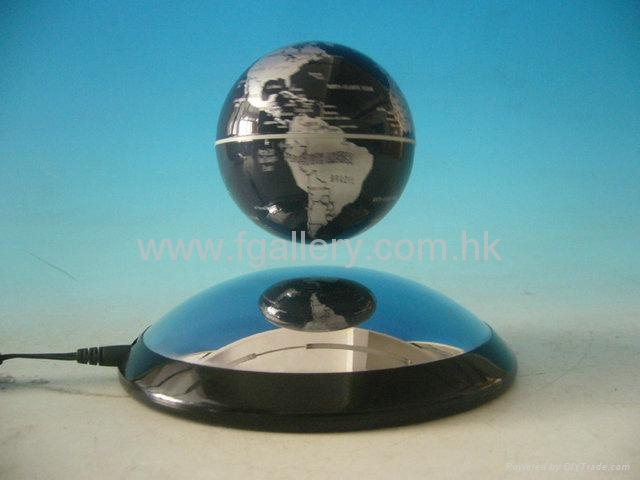 Magnetic Floating Globe 2