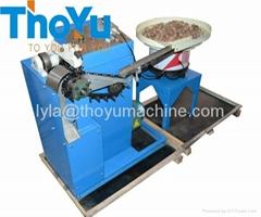 Automatic dry walnut sheller