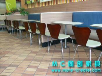 現代快餐桌椅 4
