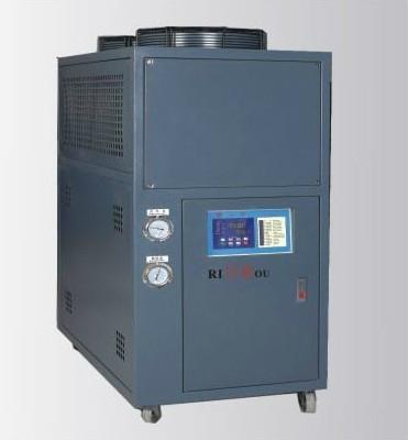 風冷式冷水機 1