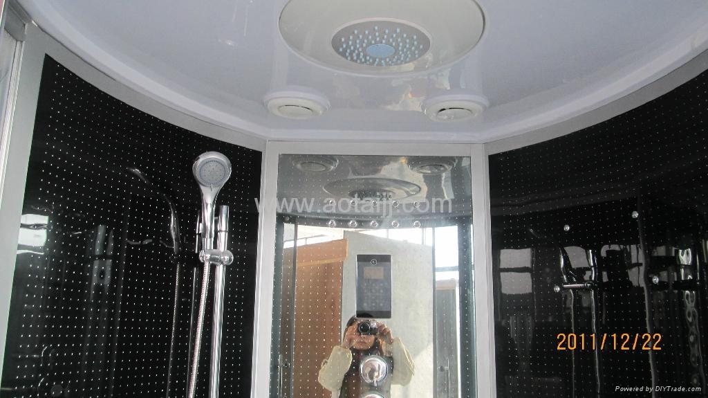 Hydro-Massage Shower Room 2