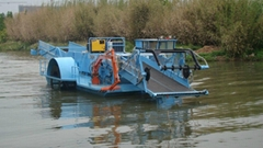 水葫蘆收割機械-拓新