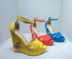 Wholesale fashion ladies wedge sandal footwear