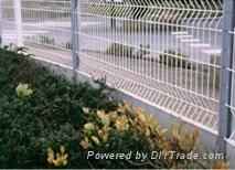 三角护栏网