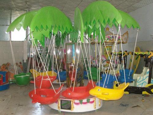 儿童椰子樹旋轉飛魚 2