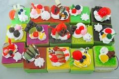 Educational toys simulation nutritional food Fruit cake key chain