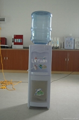 piping water dispenser with bottle