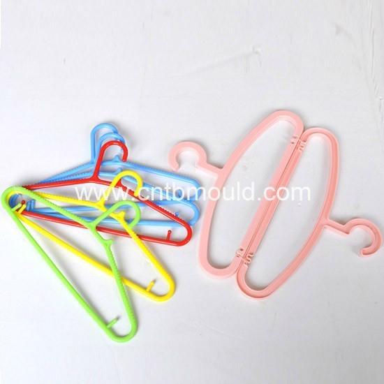 Plastic Hanger Mould 1