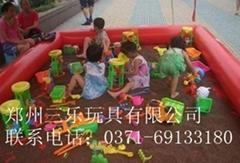 儿童沙滩池