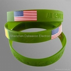 Silicone bracelets for men with debossed logo wristband custom