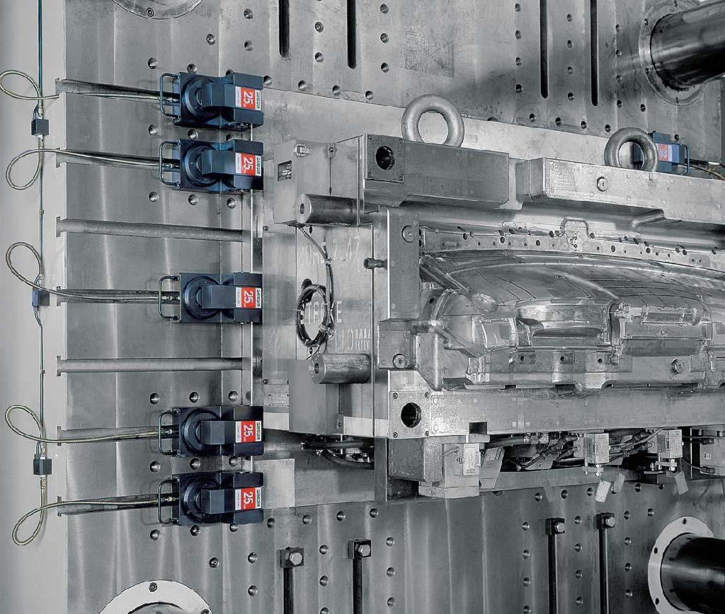 Quick Mold Change System For Injection Molding Machine