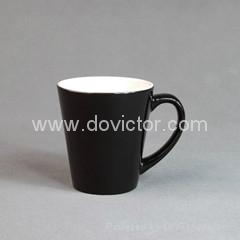 Small conical black color changing mug 2