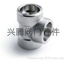 螺纹承插焊接高压三通管件