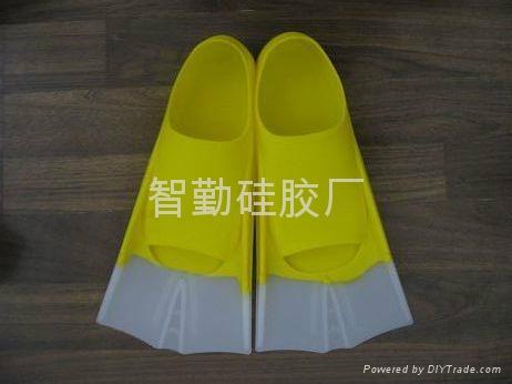 硅胶泳鞋 5