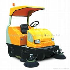 MN-E800电动驾驶式扫地机