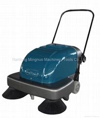 Walk-behind manual sweeper MN-P100