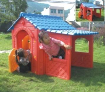 children plastic house  4