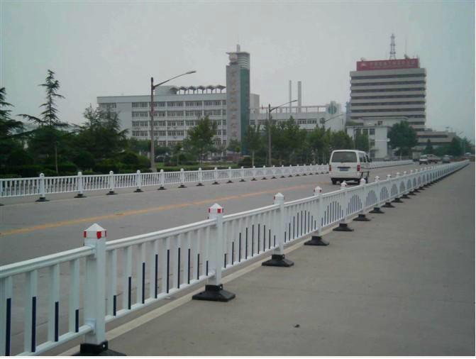 市政道路护栏 1
