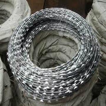 razor wire 2