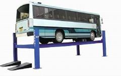 Four-Post Truck Lift