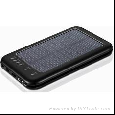 2600mah solar battery charger with multivoltage output for mobilephones