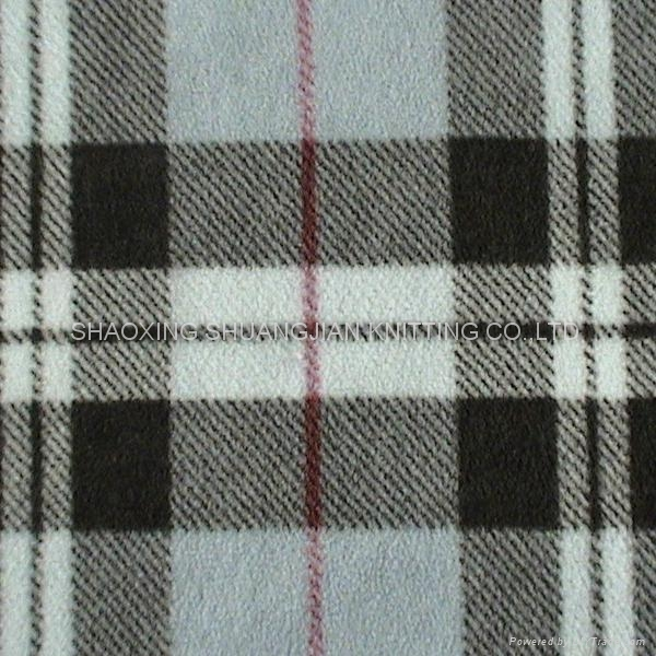 100% Polyester Two Sides Brush Wholesale Fleece Fabric 1