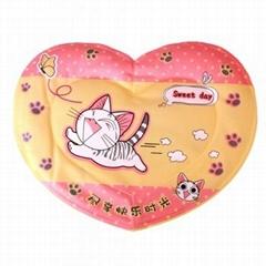心形粉色甜甜猫