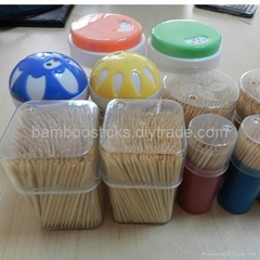 Natural hard round bamboo/wood toothpicks with tub packing