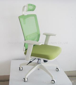 白色辦公椅帶頭托 1