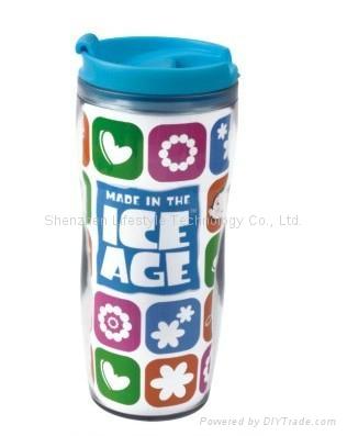 plastic travel mug BPA free with paper insert  1
