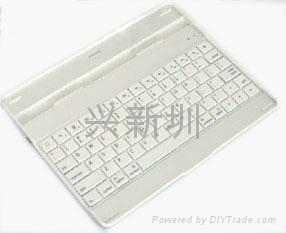 超薄防尘防水蓝牙键盘 4