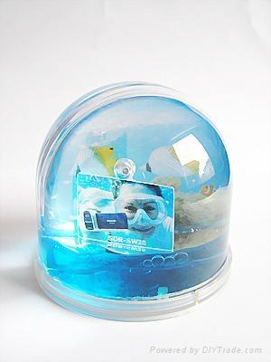 transparent snow man for snow globe 3