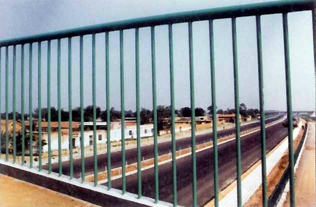 框架隔离栅 4