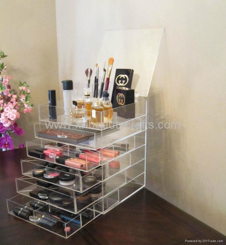 Plastic makeup organizer