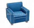藍色布衣儿童沙發